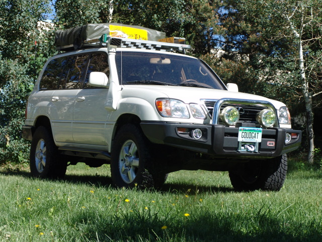 LX470 Expedition Vehicle